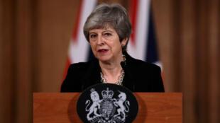 Theresa May après une réunion de son gouvernement le 2 avril.