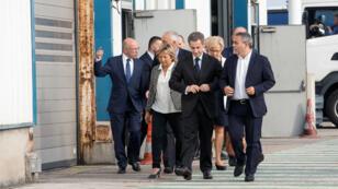 Nicolas Sarkozy aux côtés de Natacha Bouchart, la maire de la commune, le 21 septembre 2016.