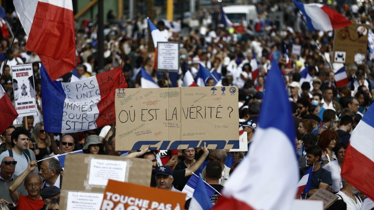 فرنسا: مظاهرات جديدة للرافضين للشهادة الصحية