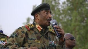 Le général Abdel Fattah al-Burhane, ici le 29 juin 2019, a été nommé à la tête du Conseil souverain du Soudan pendant 21 mois.
