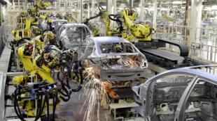 مصنع نيسان موتور كيوشو الياباني للسيارات، فوكوكا.