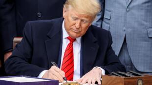 Trump-firma-TMEC-Tratado