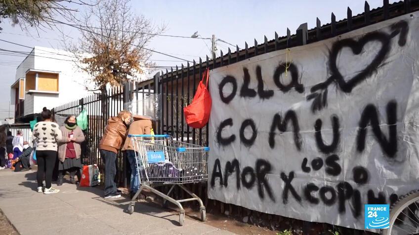 Se estima que en Santiago de Chile hay cerca de 250 ollas comunales y muchas más en el resto del país.