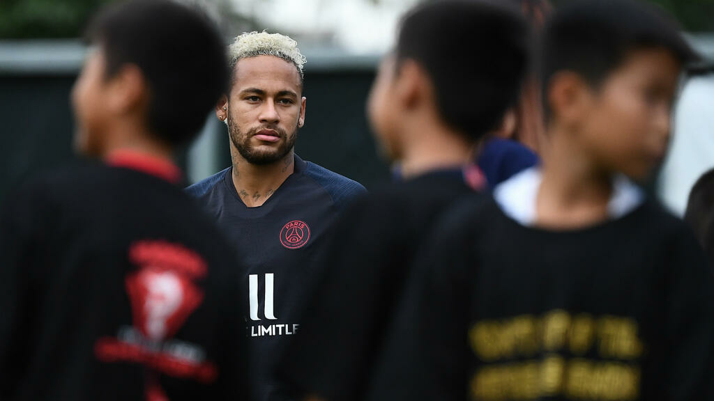 check out fd785 5b9c3 Neymar out of PSG opener, exit talks 'more advanced than before'