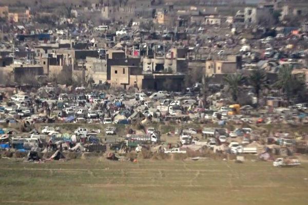 Le camp de fortune de Baghouz, dernier bastion de l'organisation État islamique, installé non loin de la frontière de l'Irak.