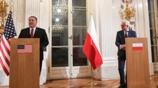 وزير الخارجية الأمريكي مايك بومبيو ونظيره البولندي جاسك كبوتوفيتش، وارسو في 13 فبراير/شباط 2019