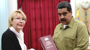La Procureure générale Luisa Ortega et le président Nicolas Maduro, photographiés en avril 2017.