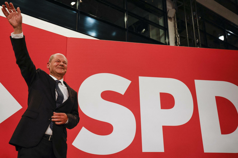 Shultz - AFP