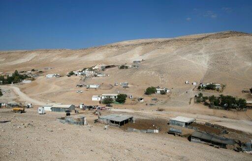 مشهد عام لقرية وادي أبو هندي البدوية في الضفة الغربية المحتلة أكتوبر 2016