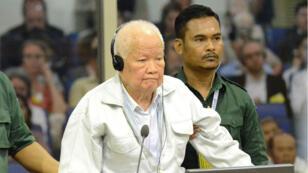 الرئيس السابق خيو سامفان (87 عاما)