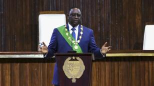 Le président sénégalais Macky Sall prononçant son discours d'investiture, le 2 avril 2019.