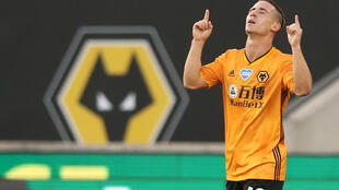 Wolves eased to victory over Crystal Palace
