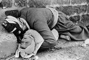 Massacre d'Halabja, en Irak, le 20 mars 1988.