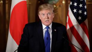 El presidente de EE. UU., Donald Trump, habla durante una rueda de prensa en el Palacio de Akasaka en Tokio, Japón.