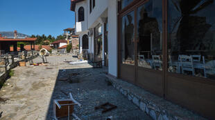 Protestors ransacked a hotel in the village of Arnissa to prevent the settlement of refugee families