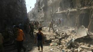 حي الشعار في حلب بعد جولة من القصف لقوات النظام 17 سبتمبر/أيلول 2015