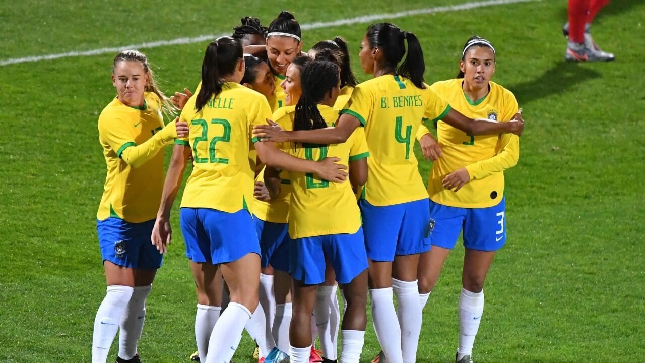 L'équipe féminine du Brésil, le 10 mars 2020, à Calais, lors d'un tournoi en France.