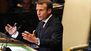 الرئيس الفرنسي إيمانويل ماكرون وهو يلقي كلمته في اجتماع الجمعية العامة للأمم المتحدة في 25 أيلول/سبتمبر 2018