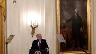 El presidente de Estados Unidos, Donald Trump, durante una ceremonia en el Salón Este de la Casa Blanca en Washington, DC el 11 de septiembre de 2020