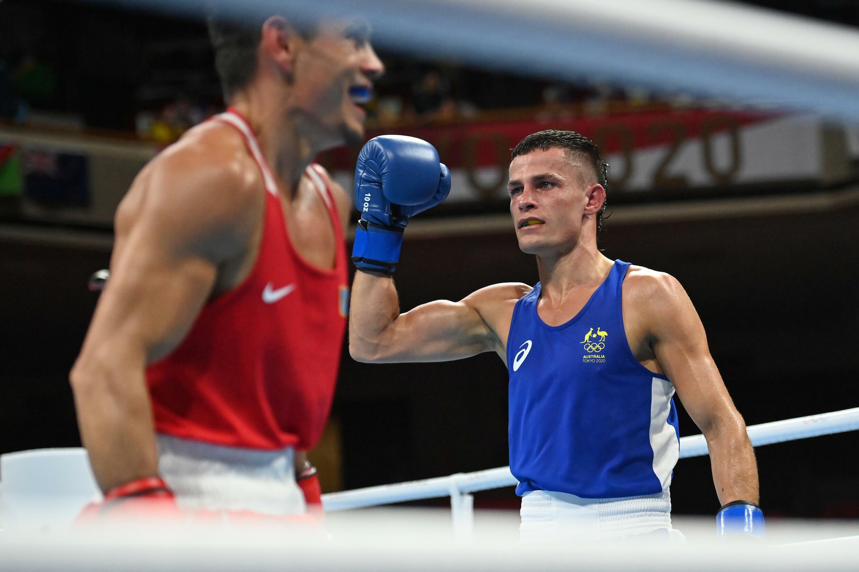 Harry Garside a battu le Kazakhstan Zakir Sefiolin en quarts de finale des poids légers