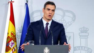El presidente del Gobierno español, Pedro Sánchez, durante la conferencia de prensa que ofreció el 15 de febrero de 2019 en Madrid, España, tras una reunión extraordinaria con su gabinete.