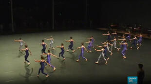 The 49th edition of the Festival d'Automne in Paris pays tribute to the American choreographer Merce Cunningham on November 30, 2019, for the centenary of his birth.