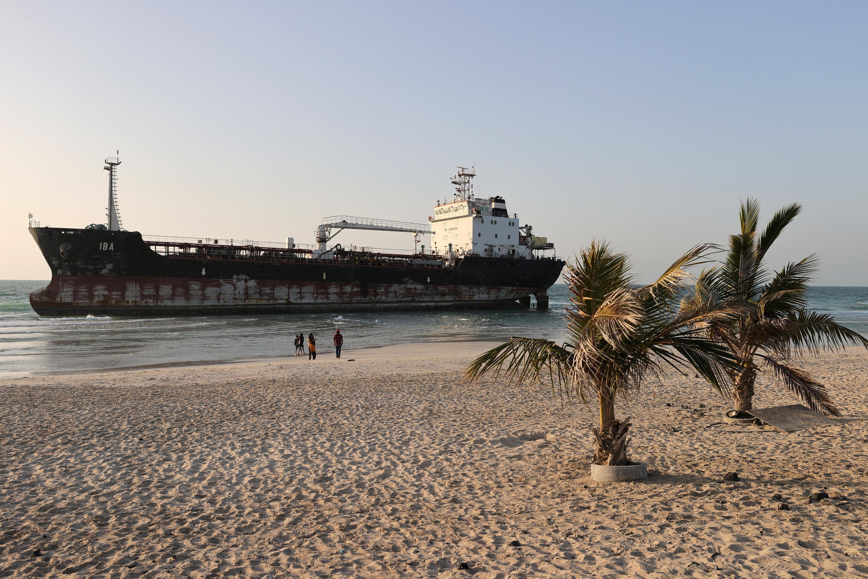 150221-iba-tanker-emirats-m