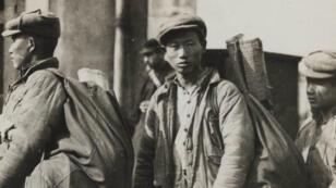 Arrivée de travailleurs chinois à Lunéville en Meurthe-et-Moselle en 1917.