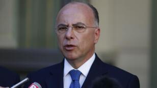 Le ministre français de l'Intérieur, Bernard Cazneuve, lors d'une conférence de presse conjointe avec le CFCM, le 24 août 2016, à Paris.