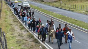 Les migrants vénézuéliens affluent massivement à Tulcan, à la frontirèe entre la Colombie et l'Équateur.