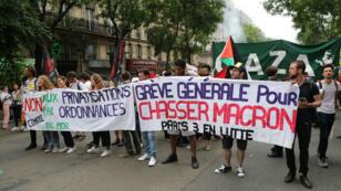 160 cortèges doivent défiler partout en France, samedi 26 mai 2018, contre Emmanuel Macron.