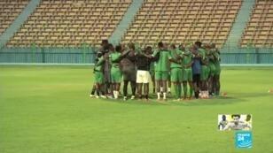 Les joueurs de l'équipe du Zimbabwe, en plein entraînement, avant leur match d'ouverture face à l'Égypte du vendredi 21 juin 2019.n