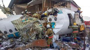 crash avion Almaty Kazakhstan