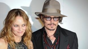 Vanessa Paradis et Johnny Depp, à Cannes le 18 mai 2010