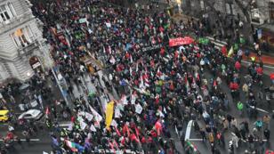 Des milliers de personnes ont manifesté à Budapest, le 5 janvier 2019.
