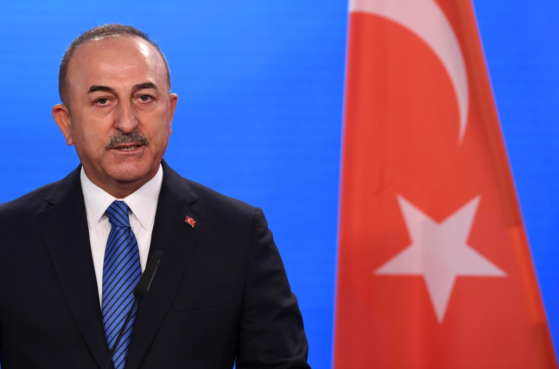 وزير الخراجية التركي مولود تشاوش أوغلو في برلين بتاريخ 6 أيار/مايو 2021