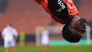 L'attaquant nigérian de Lorient, Terem Moffi, fête son but lors du match de Ligue 1 à domicile contre Monaco, le janvier 2021