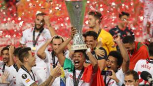 La joie des Sévillans, qui ont remporté leur sixième Ligue Europa.