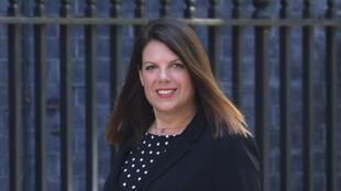 Caroline Nokes, secretaria de Estado británica de Inmigración, responsabilizó a grupos criminales del aumento en los intentos por cruzar el Canal de la Mancha por parte de migrantes ilegales