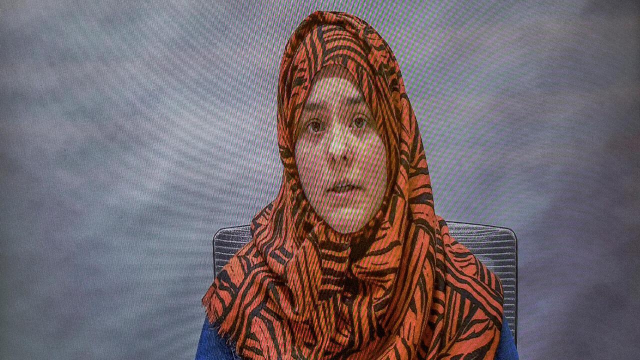 Amna Ali, viuda de Syed Jahandad Ali, quien fue asesinado en la masacre de Christchurch, ofrece un testimonio pregrabado del impacto que sufrió como víctima en el Tribunal Superior de Christchurch, Nueva Zelanda, el 24 de agosto de 2020.
