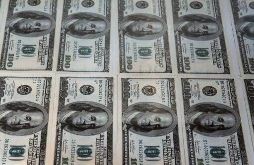 Imagen de archivo que muestra un millón de dólares en billetes de 100 dólares en el Museo de la Moneda de la Reserva Federal de Chicago, en Estados Unidos, el 22 de junio de 2011.