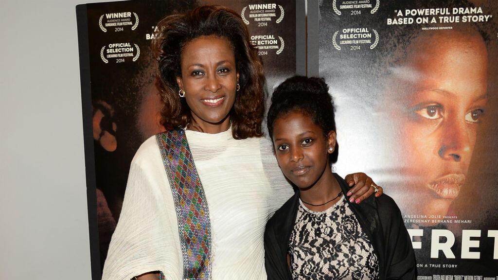 """L'avocate Meaza Ashefani (à gauche) lors de la projection du film """"Difret"""" au musée de la Tolérance de Los Angeles, le 10 décembre 2014."""