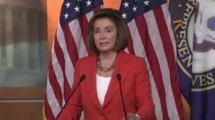 2019-11-01 08:08 US speaker Nancy Pelosi and minority Leader Kevin McCarthy address the House of Representatives