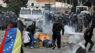 Los partidarios de la oposición en mitines contra el gobierno del presidente venezolano Nicolás Maduro, el 23 de enero de 2019.