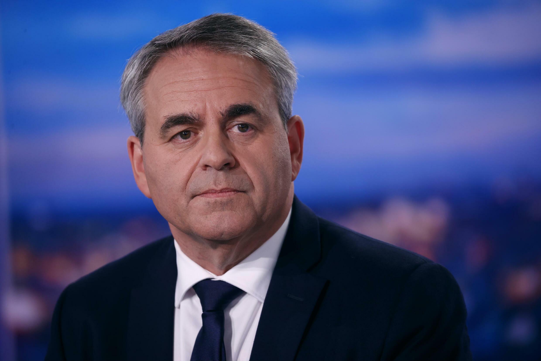كزافييه برتران مرشح الانتخابات الرئاسية المقبلة  خلال حوار مع القناة الفرنسية الأولى