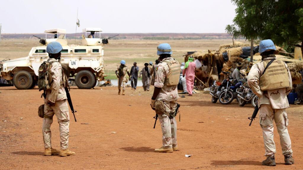 """Mali : trois """"casques bleus"""" tués lors d'une attaque jihadiste"""