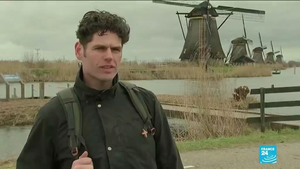 2021-03-15 09:04 Voting starts in coronavirus-affected Dutch election