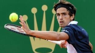 Le Français Pierre-Hugues Herbert lors du tournoi de Monte-Carlo le 18 avril 2019