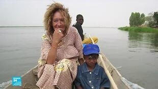 Sophie Pétronin, a French charity worker who was kidnapped in Mali in December 2016, was released by her captors.