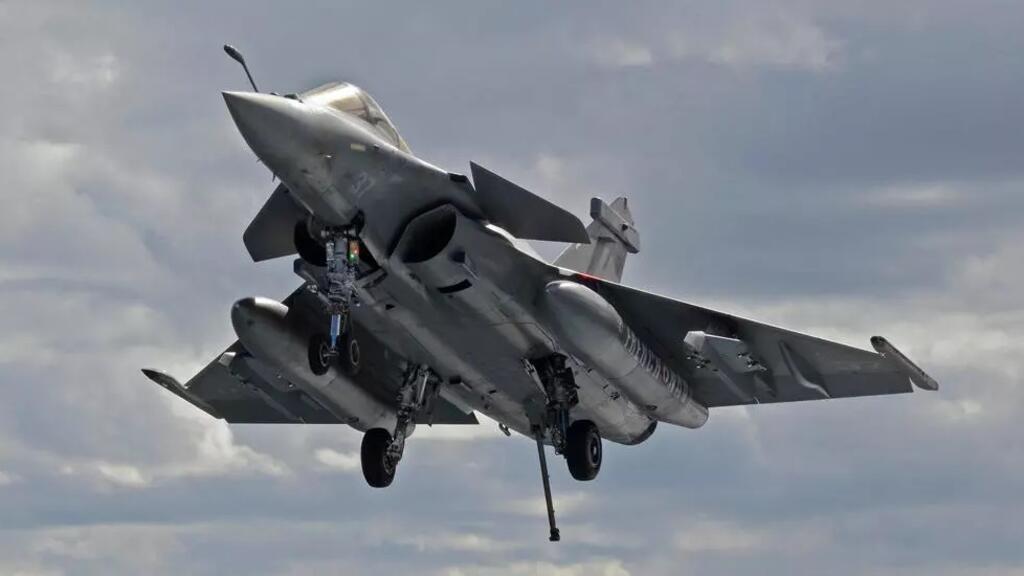 اليونان تشتري طائرات رافال فرنسية لتعزيز قدراتها في مواجهة تركيا رغم استئناف الحوار بين البلدين